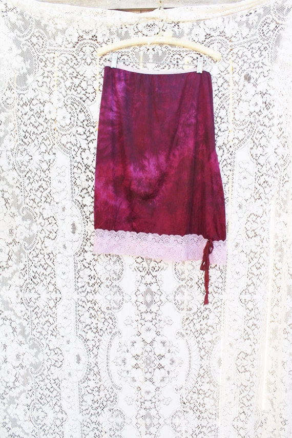 Large Plus Tie Dye Skirt/Rasberry Vintage Skirt/Upcycled Clothing/Hippie Tie Dye Skirt/Tie Dye Lace Skirt/Upcycled Skirt/French Fairy