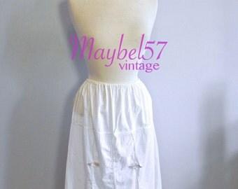 Vintage Cotton Bridal Slip Lovely eyelet and lace trim flower Applique , 1950s Petticoat sm med lg