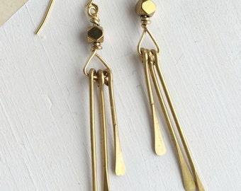Hammered Wire Tassel Earrings | E31610