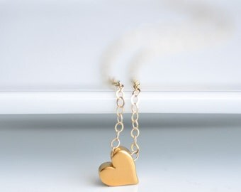 Dainty Heart Necklace - Gold Heart Necklace - Tiny Gold Heart Charm - Gold Heart Chain Necklace - Gold Heart Necklace Gift