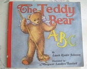 Book, Childs Book, The Teddy Bear ABC, Laura Rinkle Johnson, Illustrated by Margaret Landers Sanford, A Star Elephant Book