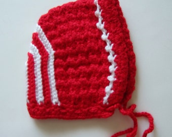 Christmas Baby Hat, Size Newborn, Red and White, Crocheted, Baby Bonnet, Unisex, Gender Neutral