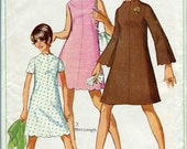 """Simplicity 7938 Vintage 60s mod mini-dress pattern with scallops - 32"""" bust"""