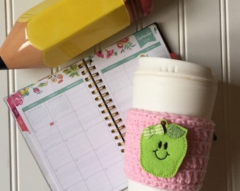 teacher coffee cozy, apple crochet cozy, coffee cozy, coffee sleeve, cup cosy, teacher gift, back to school, fall, autumn coffee cozy