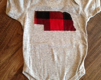 Heather Grey Short Sleeve Bodysuit with Red & Black Buffalo Plaid State of Nebraska, NB, 6mo,12mo, 18mo, 24mo