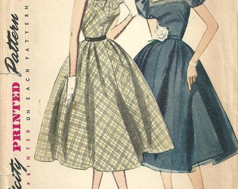 Simplicity 3845 / Vintage 50s Sewing Pattern / Dress / Size 14 Bust 32