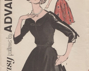 Advance 2752 / Vintage Half Size Sewing Pattern / Dress / Bust 41