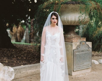 Lace Edged Veil, Lace Veil, Corded Lace Wedding Veil, Floral Lace Veil, Lace Edge Veil, Cathedral Length Veil, Scalloped Lace Veil, Maddie