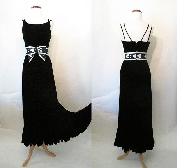 "Chic 1960's Designer Black Velvet Evening Cocktail Dress Gown with Mermaid Hem Classic Adrey Hepburn by ""Sandline Original NY"" Size X Small"