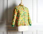 Jacket Reversible / Yellow Orange Floral Green Quilted Nylon / Kitschy Mod / 70s Vintage / Medium M