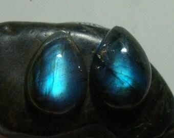 LABRADORITE Smooth Teardrop Cabochon, One Matching Pair, 14x10mm, AAA+, Flashing Fiery Blue, o10-1