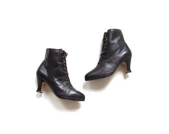 Vintage Ankle Boots 7 / Brown Leather Boots / Heeled Boots / High Heel Booties
