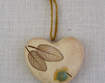 Puffy Pottery Hanging Heart with Real Leaves - Chubby Two-Sided Wall Decoration -  Heart Lover -Handmade - Botannical Decoration