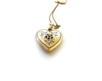 Vintage Heart Locket With Red Stones c.1940s
