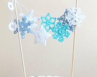 Snowflakes cake topper - crochet snowflakes - winter wedding cake topper - unique cake topper - white and blue snowflakes ~ 13.3 inches