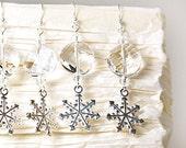 Winter Earrings, Snowflake Earrings, Snow Storm Earrings, Frozen Earrings, Snow White Earrings, Clear Crystal Earrings, Wedding Earrings