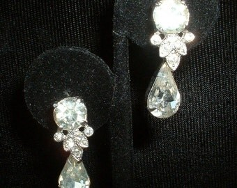 Eisenburg Rhinestone Drop Earrings Vintage Large Stones Signed Classics Rodium Plated
