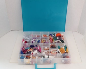 Embroidery Thread and Storage Box with Handle 15 Adjustable Compartments