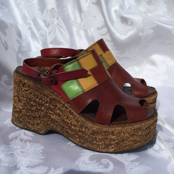 Items similar to Vintage Shoes 60's 70's Platform Shoes ...