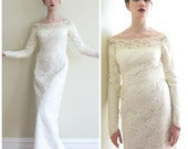 Vintage 1960s Wedding Dress in White Lace / 60s Bridal Gown with Lace Sleeves / Small