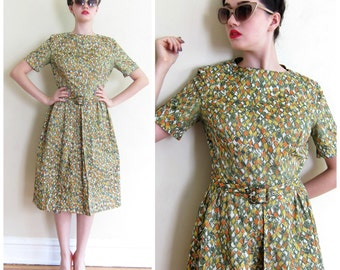 Vintage 1950s Day Dress in Speckled Print / 50s Multicolored Short Sleeved Dress / Medium