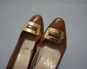 STOREWIDE CLEAROUT SALE 6 ferragamo tan leather gold buckle loafers preppy vintage 70s 1970s professional work classy rounded toe slip ons h