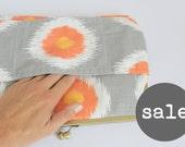 sample sale. oversized clutch purse. tribal.