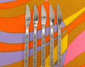 "Gold Standard Japan - NIGHT BLOSSOM - 5 Unused ""New"" Stainless Flatware Dinner Knives"