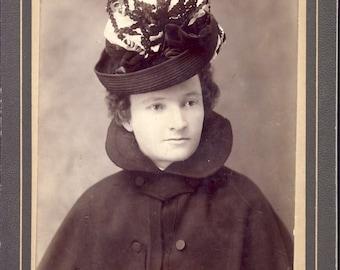 Woman in Wool Coat with STYLISH VICTORIAN HAT Cabinet Card Photo Seattle Washington Circa 1900