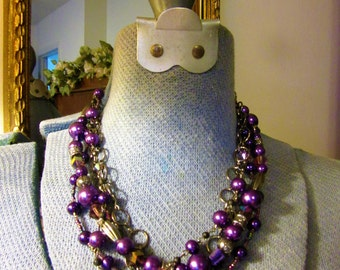 Vintage Fall Grapes Purple Glass Pearl Costume  Necklace Circular and Oval Black Oxidized Chains Irridecent lavender beads