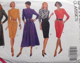 Butterick 5103 - Misses and Misses Petite Classic Dress Pattern - Sizes 14, Bust 36