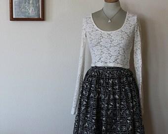1950s Deer Folk Print Circle Skirt // Size XS