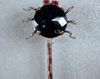 Hair Pin Czech Spider Black Onyx Glass with Pink Rhinestones Large Hair Jewelry 1950's