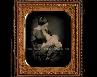 SUPER RARE Breastfeeding / Nursing Mother 19thC 1850s Daguerreotype Photo
