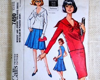 McCall's 7490 Vintage Pattern Bust 32 34 Sailor blouse Pleated skirt Middy 1960s 1964 Mod