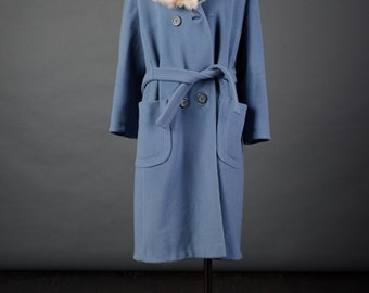 """Vtg 1960s blue belted wool coat """"Holly Plush"""" Double breasted coat with fur collar, sz L/ XL"""