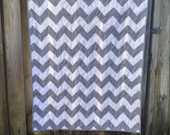 Chevron Quilt with your choice of solid 40x60, Handmade zigzag quilt