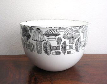 Vintage Finel Mushroom Bowl Designed by Kaj Franck, Made in Finland, Enameled Bowl 8 Inch Diameter, Mid Century Designer