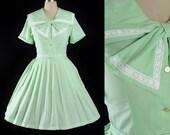 Vintage 50s Dress / 1950s Belted Sundress Mint GREEN Cotton SAILORETTE Lace Sailor Collar Garden Picnic Party Shirtwaist M Medium L Large