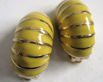 Vintage 80s Dorlan Earrings Butter Yellow Enamel Gold Tone 1980s Designer Clip Ons