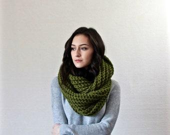 Chunky Infinity Scarf, Textured Cowl, Shawl Hooded wool scarf // Le Fleur - CILANTRO