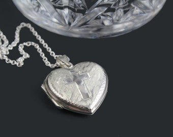 Sterling Silver 925 Vintage Heart Design with Cross Locket Pendant