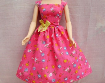 """Handmade 11.5"""" Fashion Doll Clothes. Gathered skirt strawberry floral pink fabric dress."""