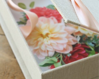 Photo Proof Box for 100 5x7 prints. Shown in Natural Linen and Ballet Pink.  Custom Order.