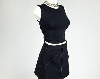 90's Sporty Spice Pouch Pocket Zip Skirt // S - M