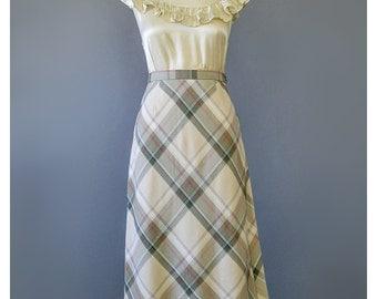 SALE - Burberry Style Plaid Skirt 1970s Skirt Beige Red Khaki Green Bias A Line Skirt Flare Skirt Plaid Midi Skirt 70s Skirt