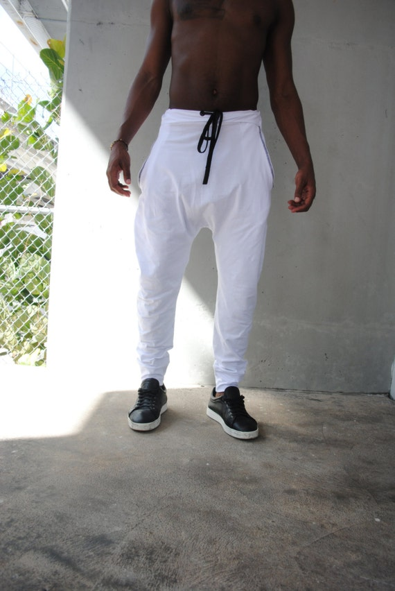 Get the coolest joggers, harem pants, leggings, jeggings and more, all made for dancing. Find athleisure leggings for school-to-studio and hip-hop pants with streetwear style all at great prices. Powered by.