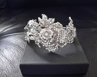 Bridal Pearl Bracelet - Ivory Natural Freshwater Pearl  and rhinestone Weddings Rinestone  Bridal Bracelet  Crystal pearl