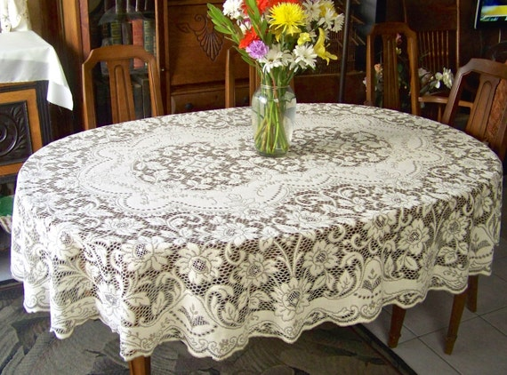 Vintage Quaker Lace Cloth Oval Tablecloth Cottage Decor Table