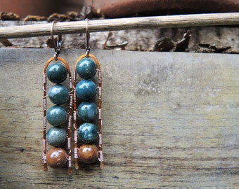 5 in a row: copper wire earrings with gem stone beads